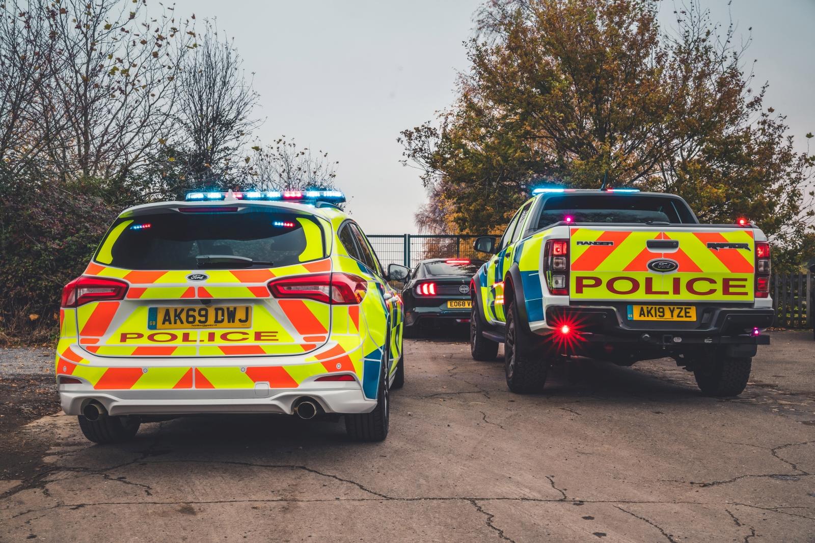 Ford Focus ST és Ranger Raptor rendőrautók