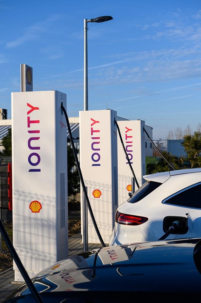 Shell Ionity és Recharge töltőpontok