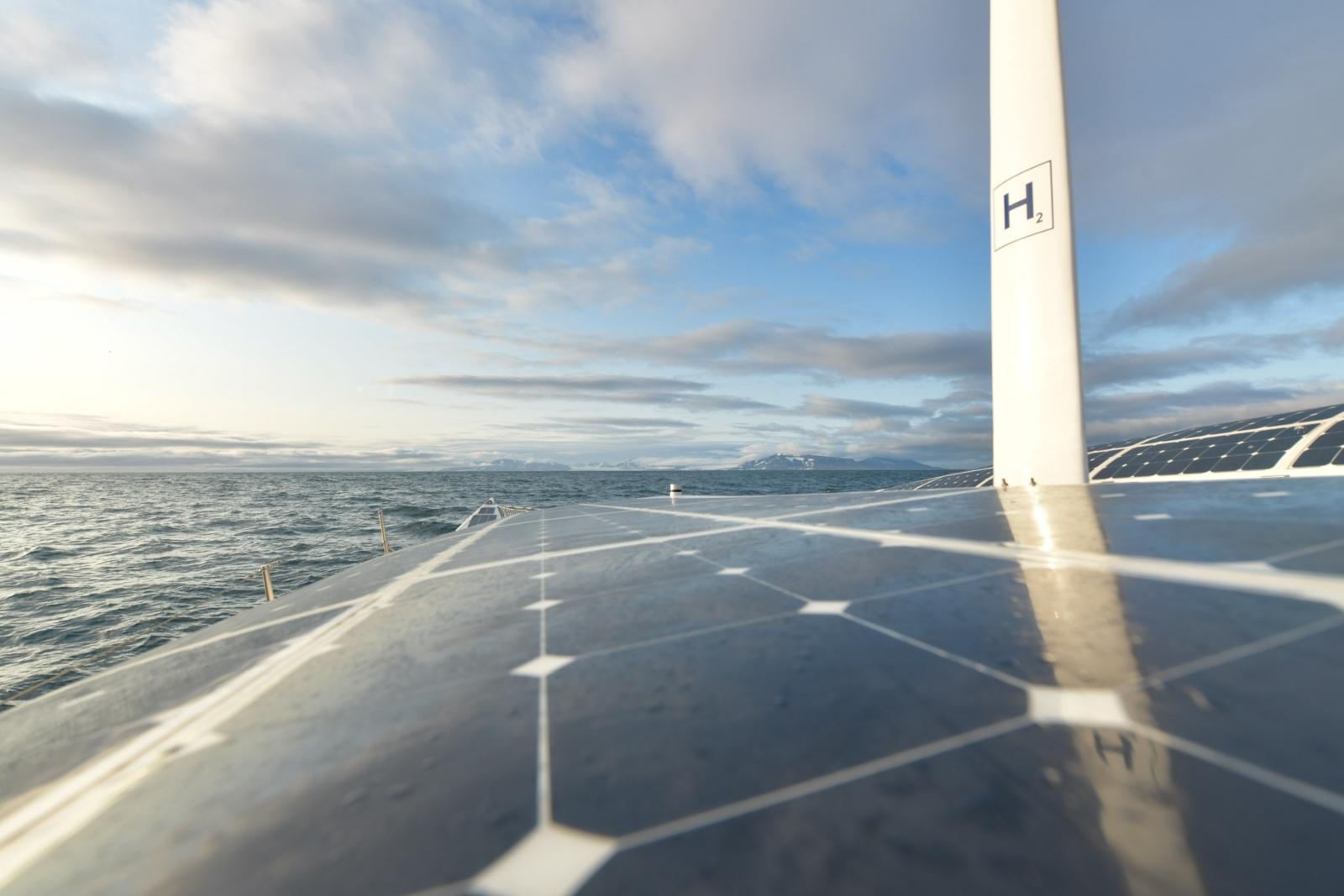 A hidrogén hajtású Energy Observer katamarán