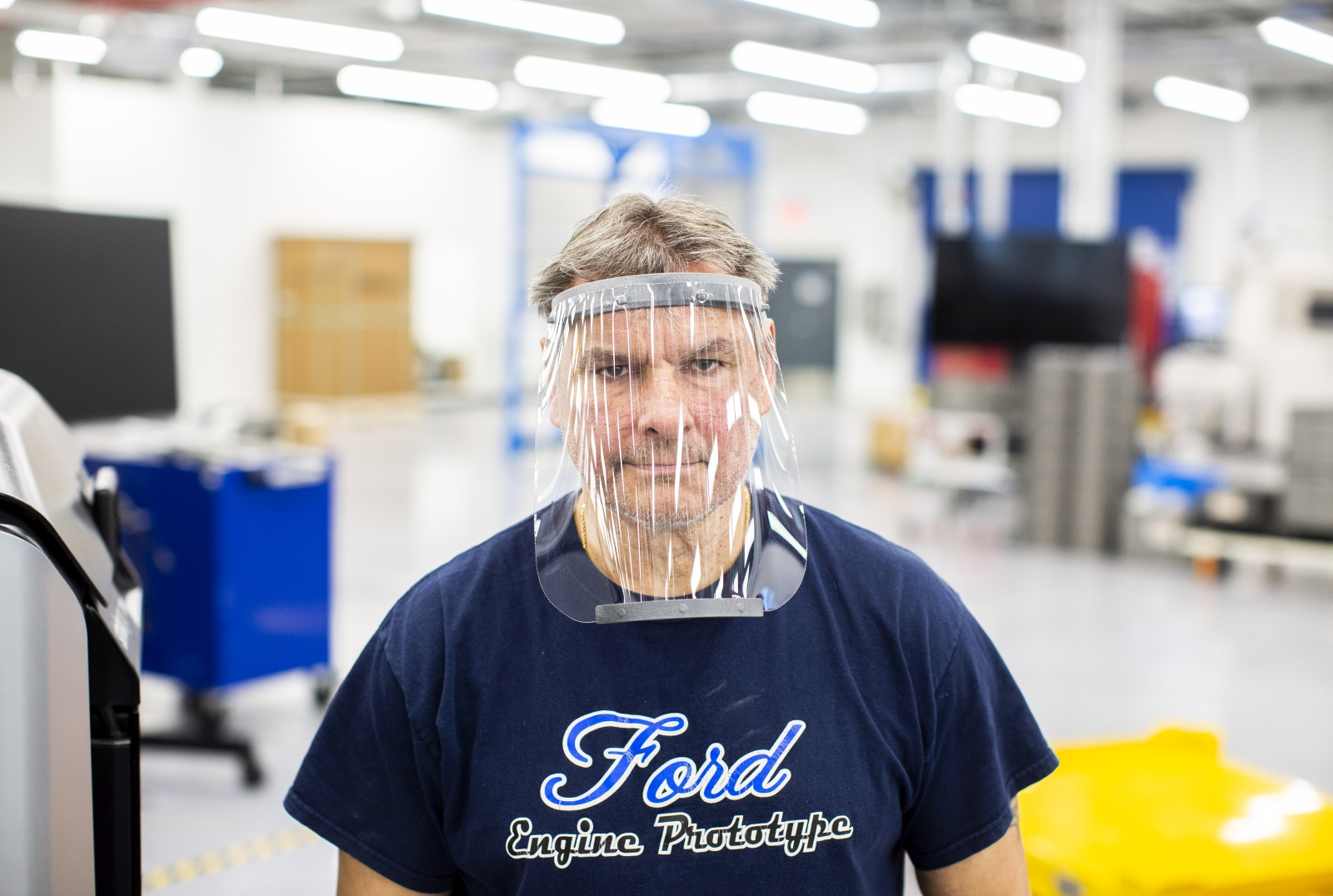 Ford légzőkészülék és maszk gyártás