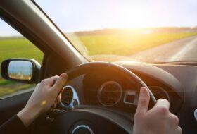 abroncsnyomás, autópálya, biztonság, gumiabroncs, jogosítvány, közlekedés, tanpálya, vezetés