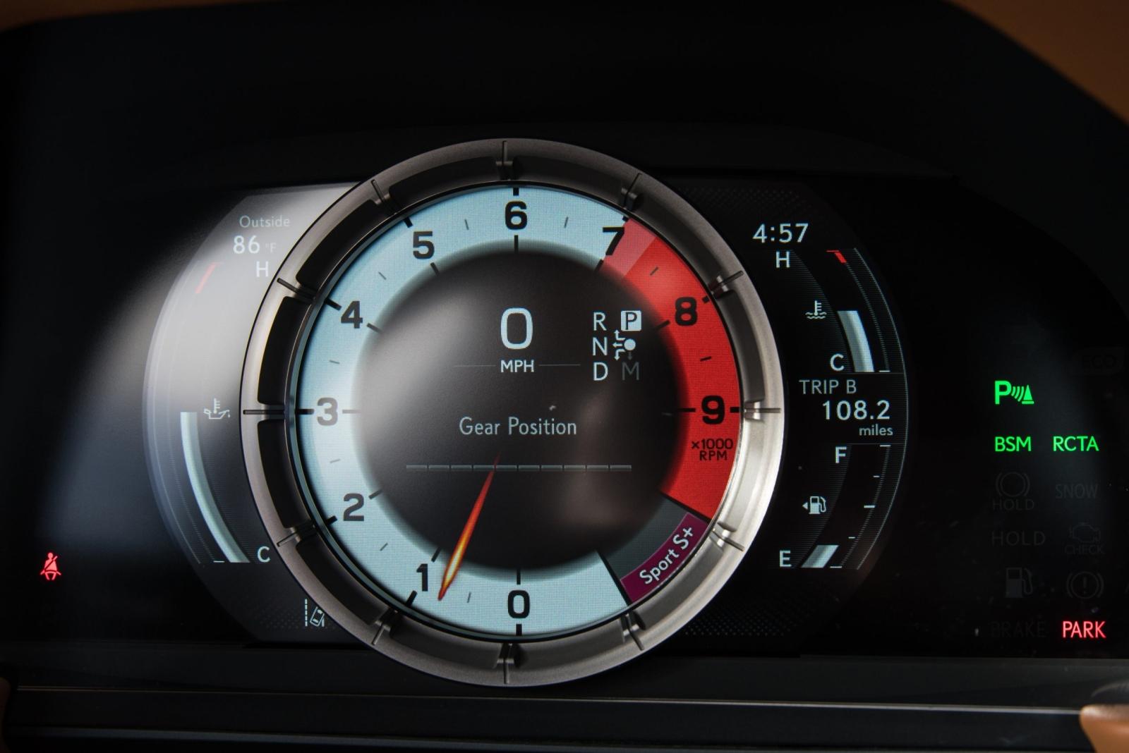 2021-es Lexus LC