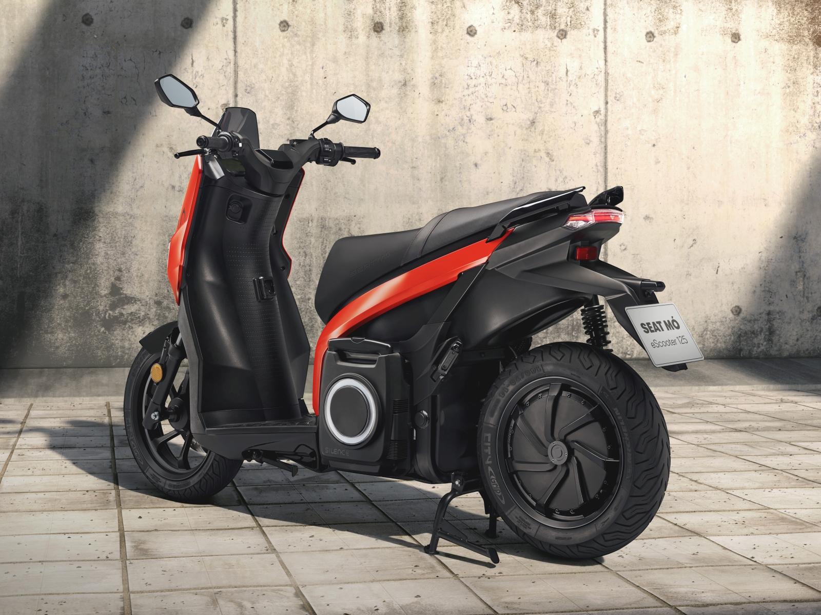 SEAT MÓ eScooter 125 és SEAT MÓ eKickScooter 65