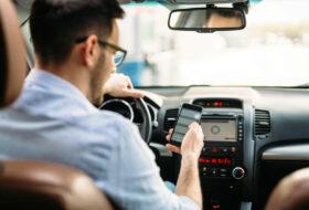 baleset, előzés, gyorshajtás, parkolás, rendőrség, sebességhatár, telefonálás