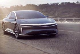 autós videó, elektromobilitás, elektromos autó, gyorstöltés, lucid air, tesla model s