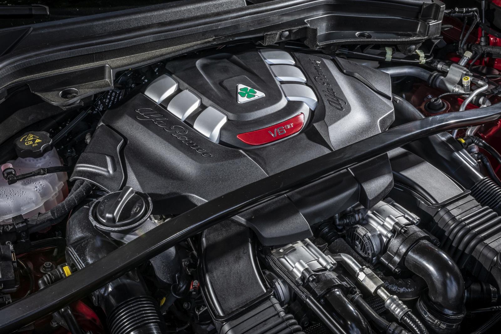Alfa Romeo Stelvio Quadrifoglio MY2020