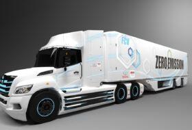elektromos, hidrogén, hino, nyerges vontató, tehergépkocsi, toyota, üzemanyagcella