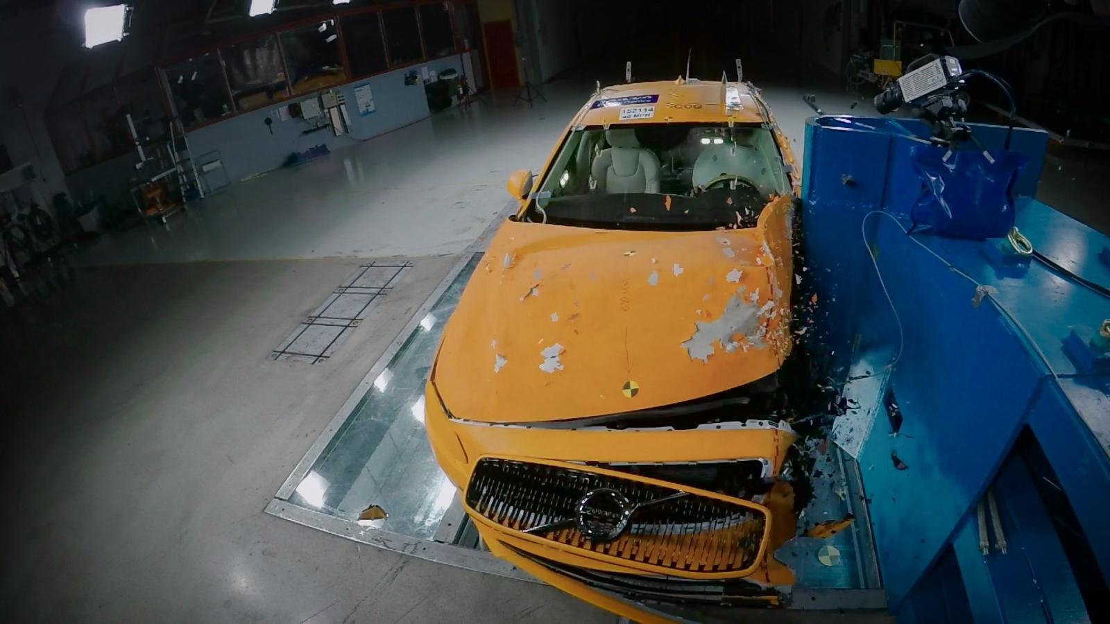 Volvo Cars Biztonsági Központ
