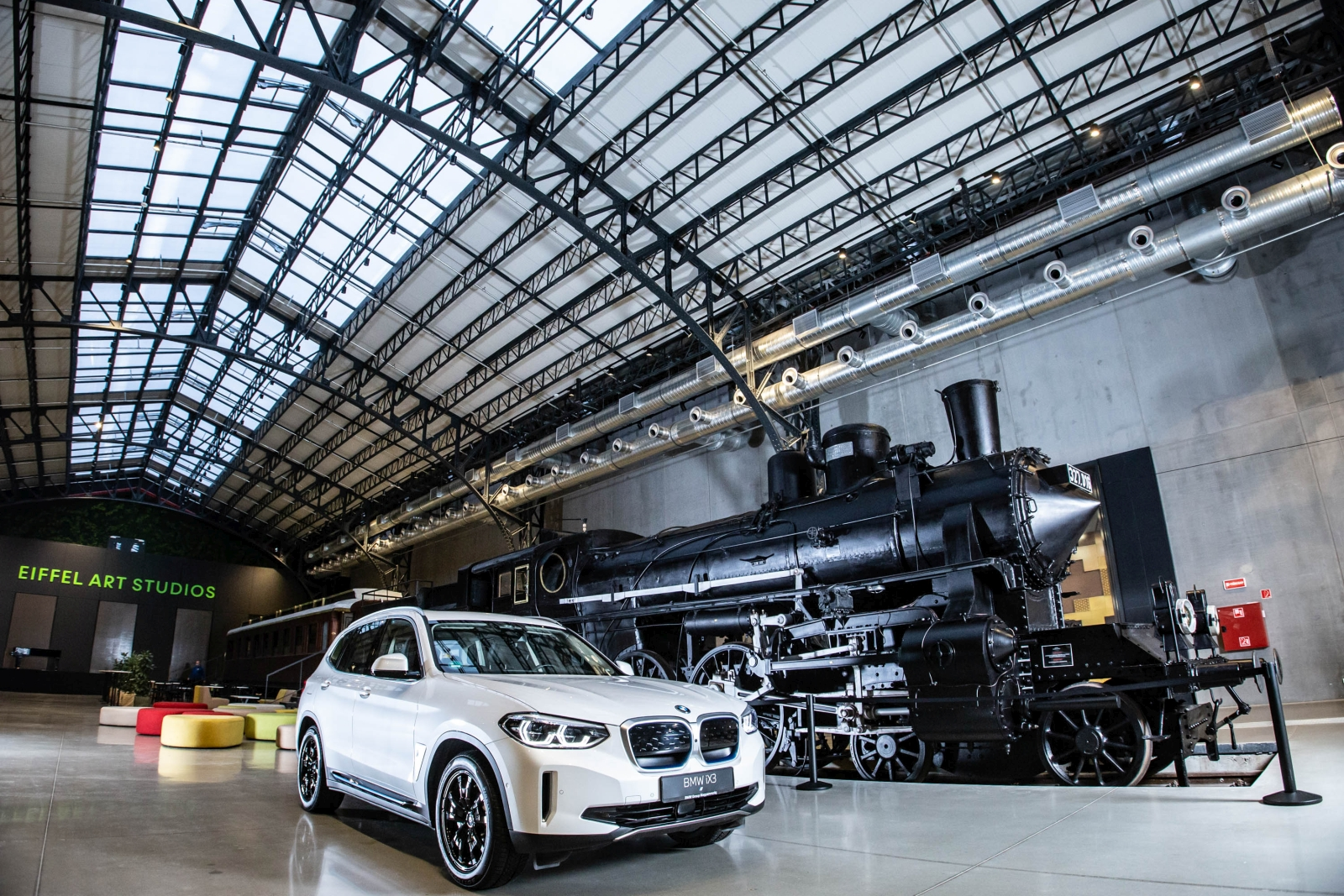 BMW iX3 Budapesten