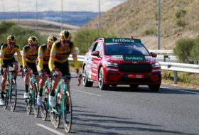 autósok, kerékpár, kerékpárosok, kerékpársport, skoda