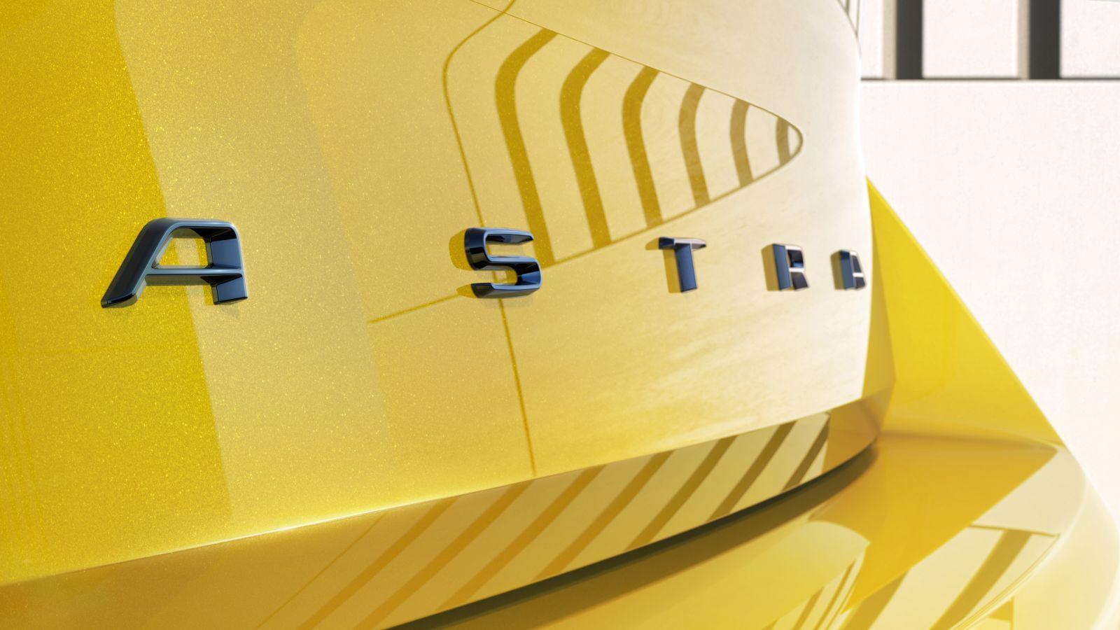 Új Opel Astra részletek