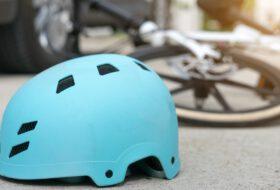 baleset, biztosítás, gyermekbaleset, kerékpáros, utazás, vakáció