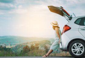 baleseti bejelentő, cégautó, forgalmi engedély, iratok, jogosítvány, kártyák, okmány, utazás, zöldkártya