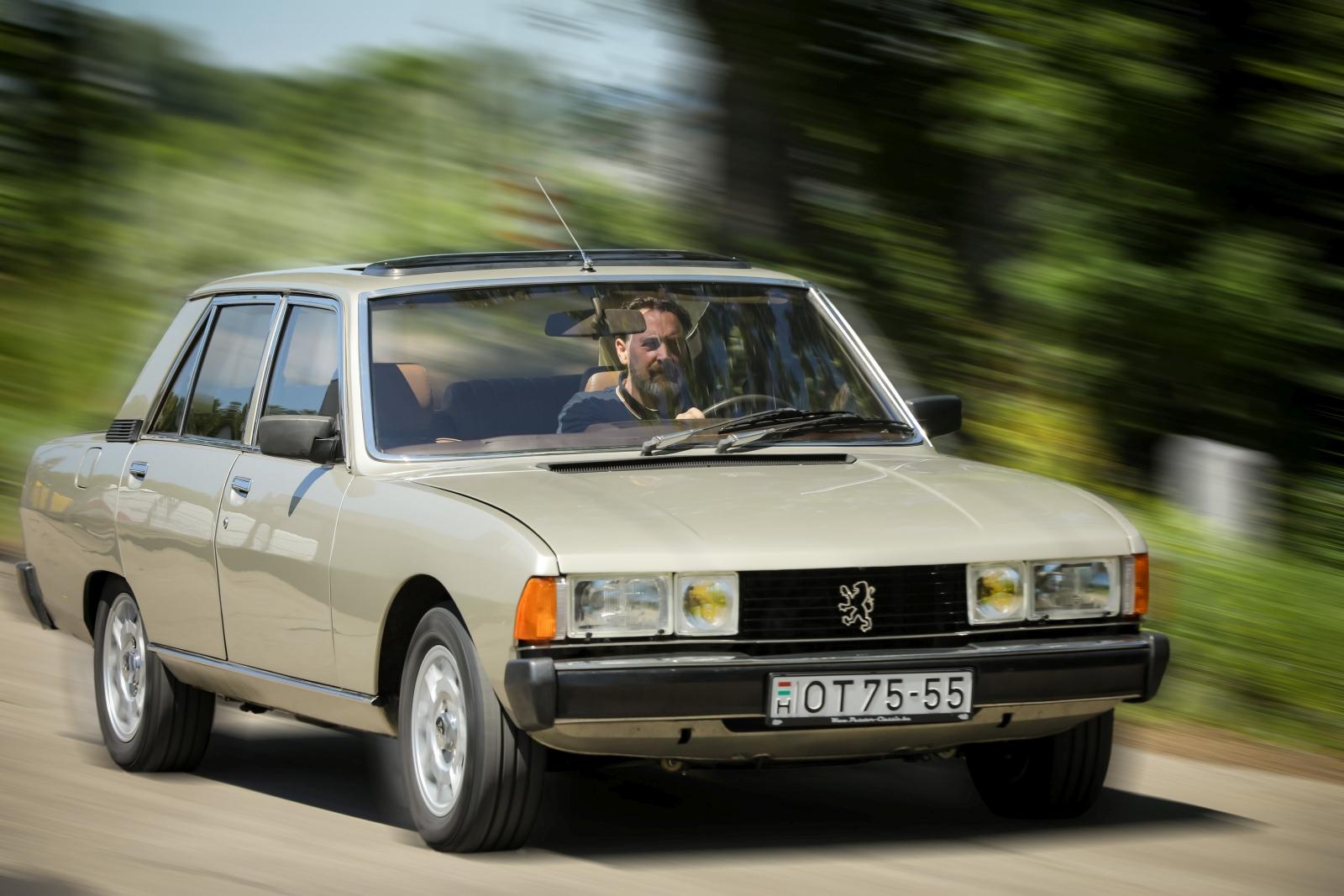 Peugeot_604-0350_