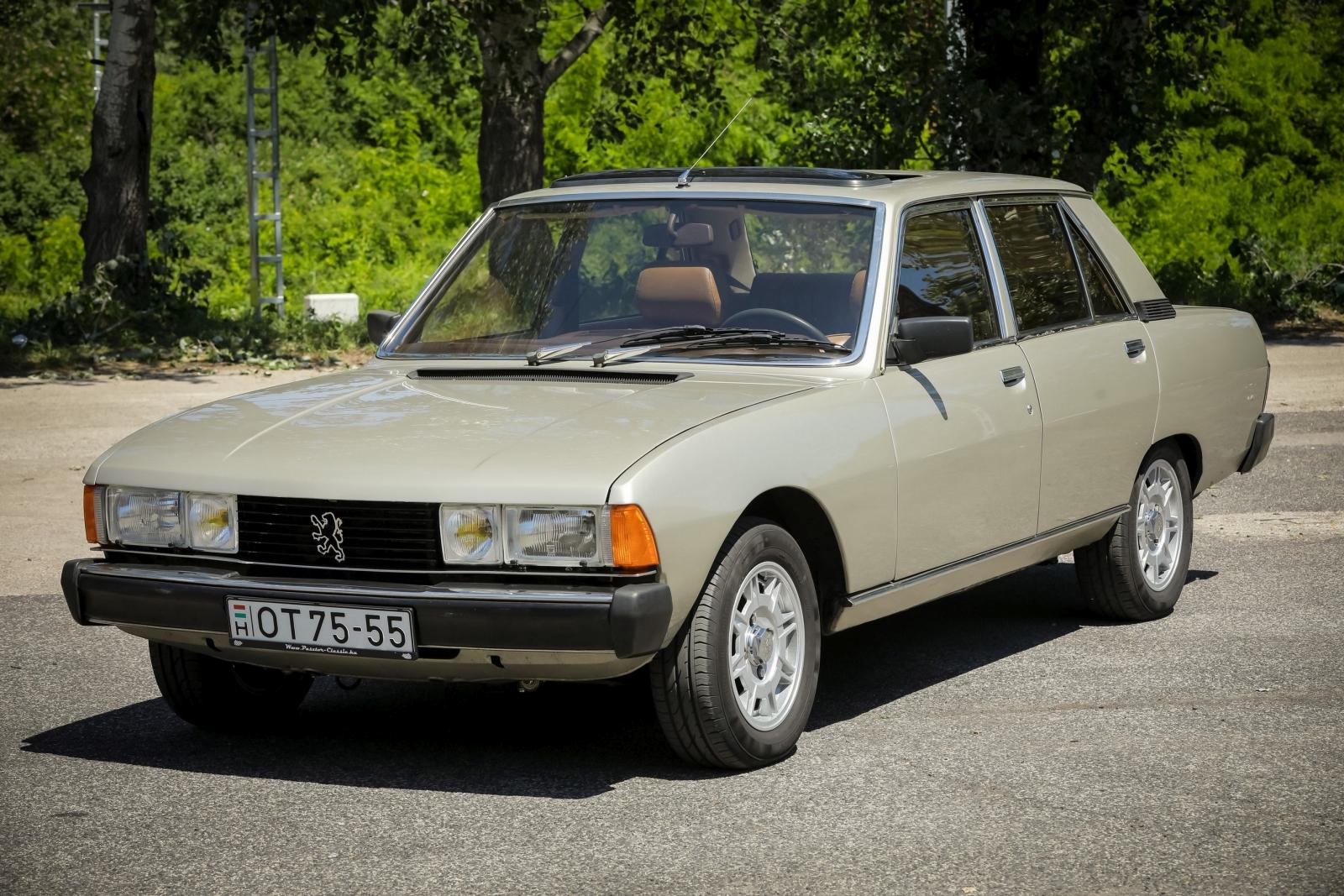 Peugeot_604-0415