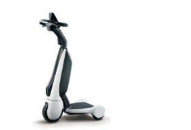 C+walk T, elektromos, közlekedés, közösségi, mobilitás, roller, toyota